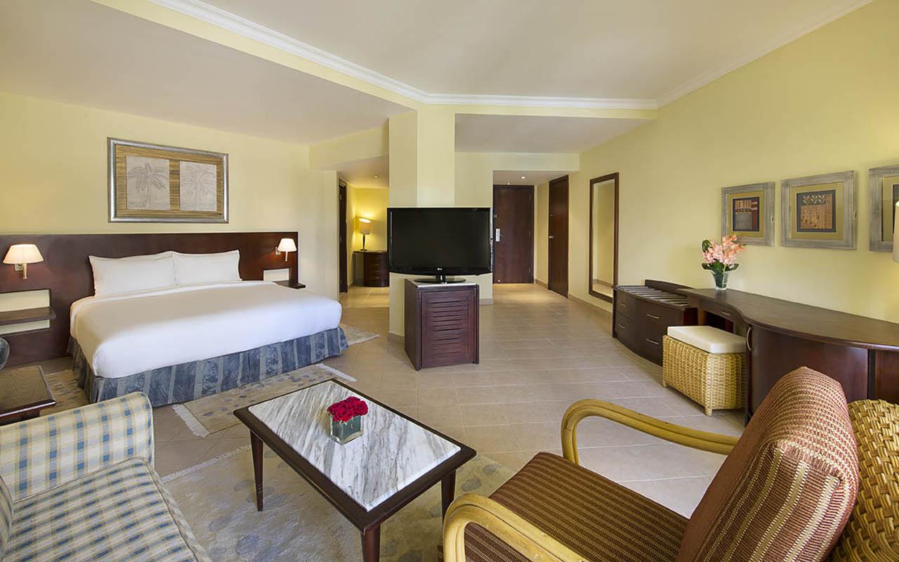 Hilton_Hurghada_Resort Corner suite_00100