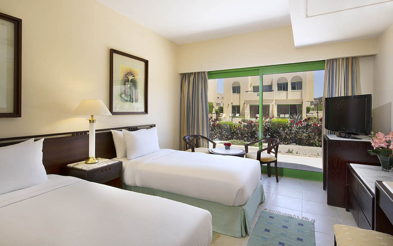 Hilton_Hurghada_Resort standard villa area_00277