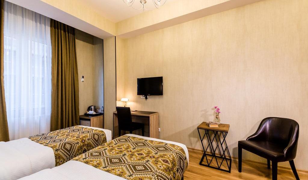 Hotel Diamond Dat Exx company_20-min