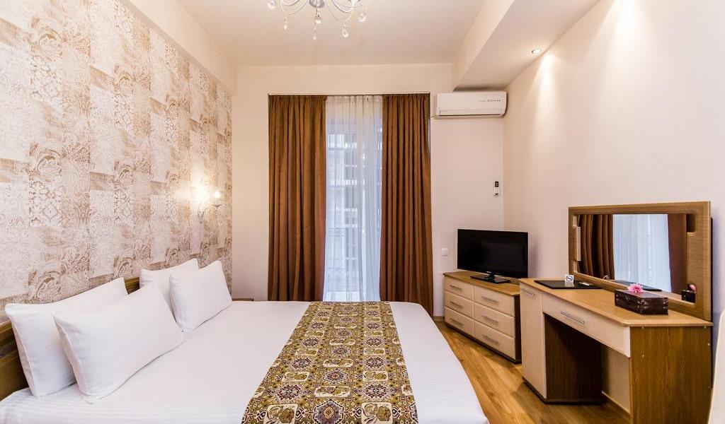 Hotel Diamond Dat Exx company_25-min
