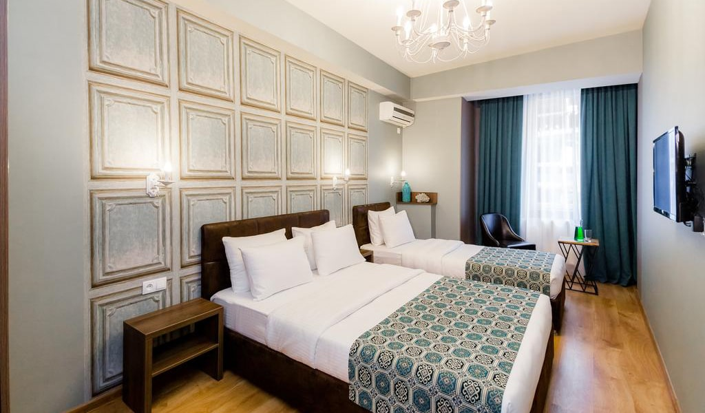 Hotel Diamond Dat Exx company_26-min
