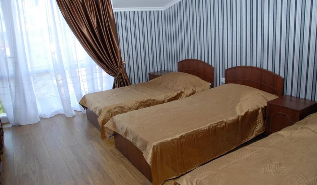Hotel Exotica (11)