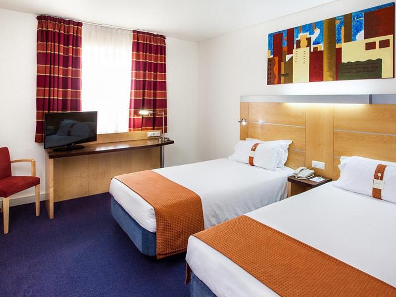 Hotel Holiday Inn Express Lisbon-Oeiras (21)