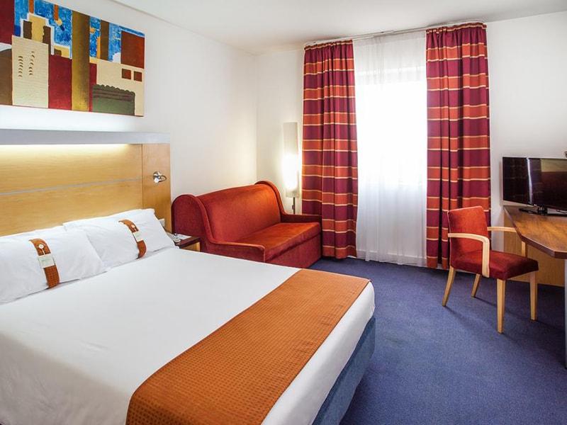 Hotel Holiday Inn Express Lisbon-Oeiras (22)