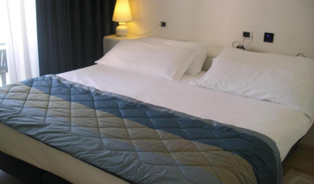 Hotel Luxor (1)