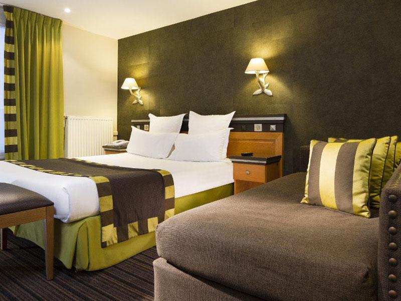 Hotel-Mondial-Paris-Chambre-Triple-Double-211-G-870x580