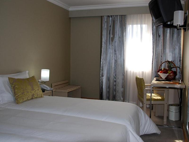 Hotel Olissippo Marques De Sa (15)