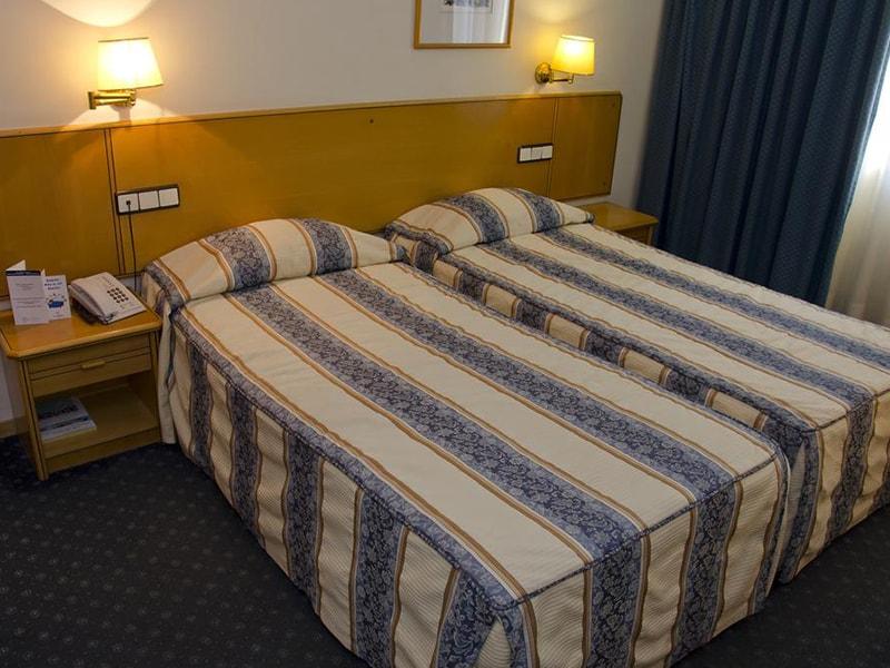 Hotel Vip Executive Zurique (28)