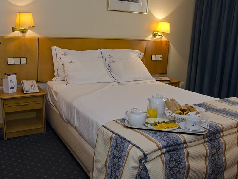 Hotel Vip Executive Zurique (30)