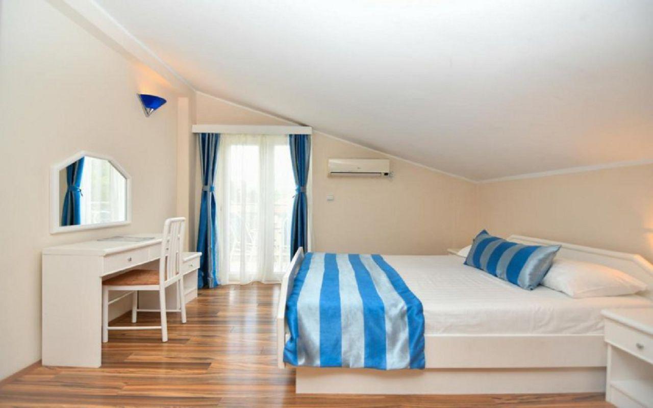 Hotel-Xanadu-room_4
