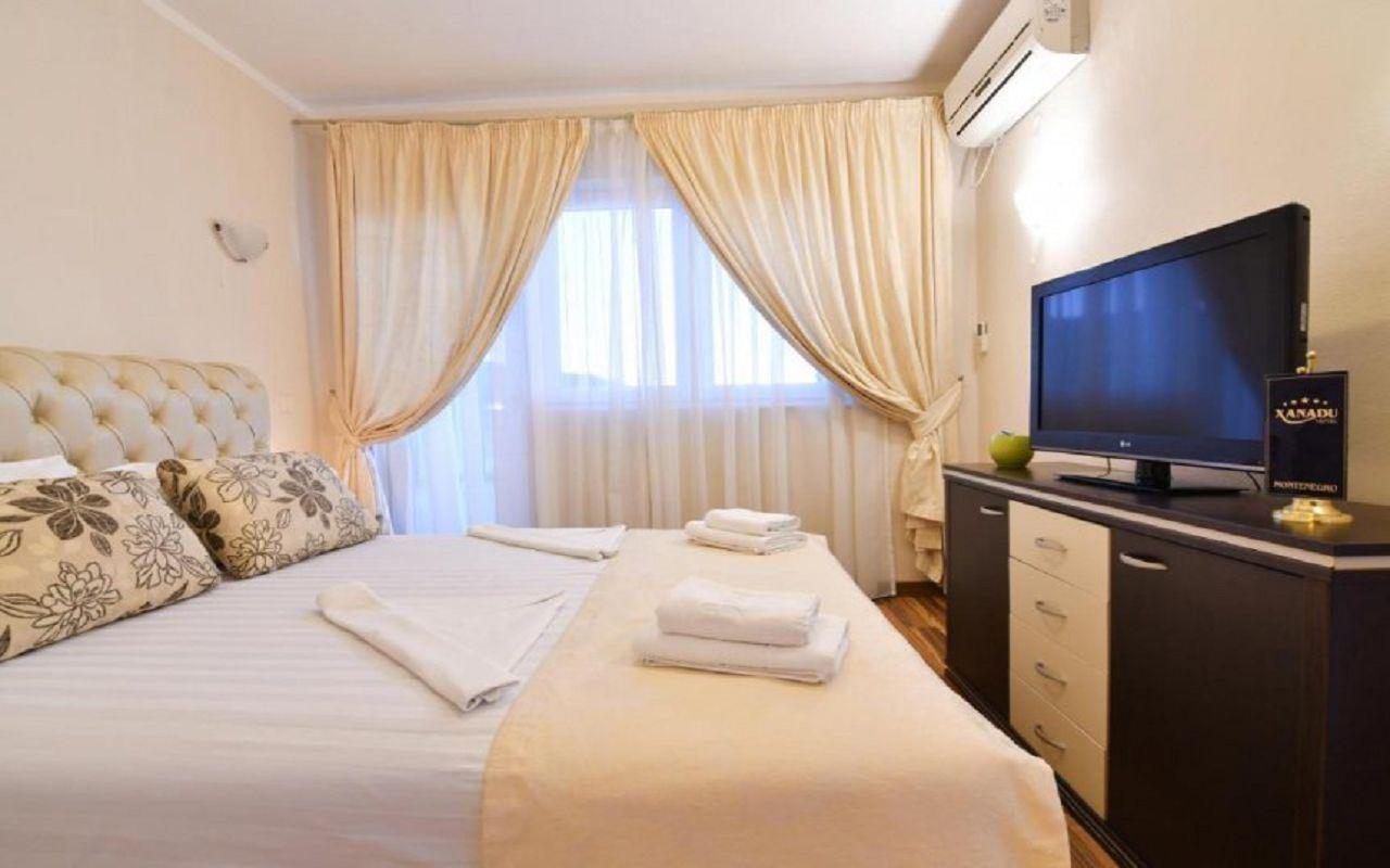 Hotel-Xanadu-room_6