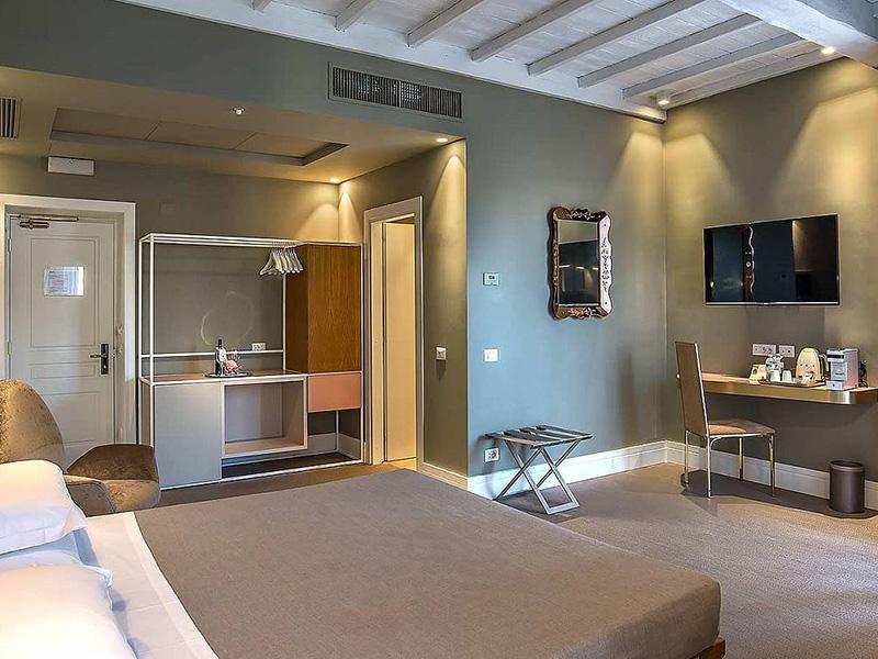 Hotel_Accademia_Travel_Roma_-_Rome__Italy16