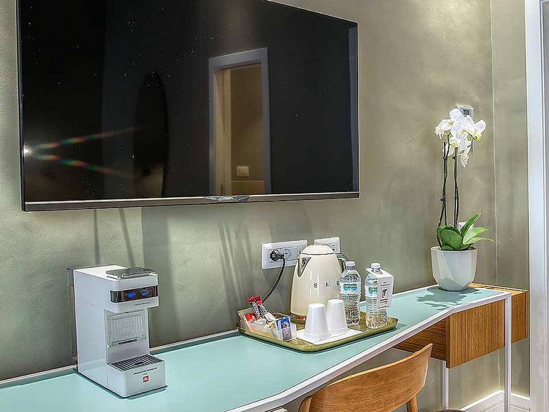 Hotel_Accademia_Travel_Roma_-_Rome__Italy33