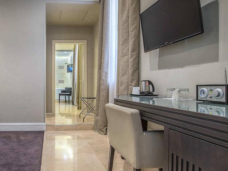 Hotel_Accademia_Travel_Roma_-_Rome__Italy65