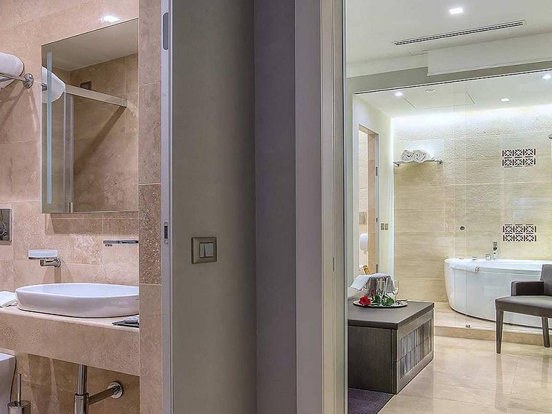Hotel_Accademia_Travel_Roma_-_Rome__Italy67