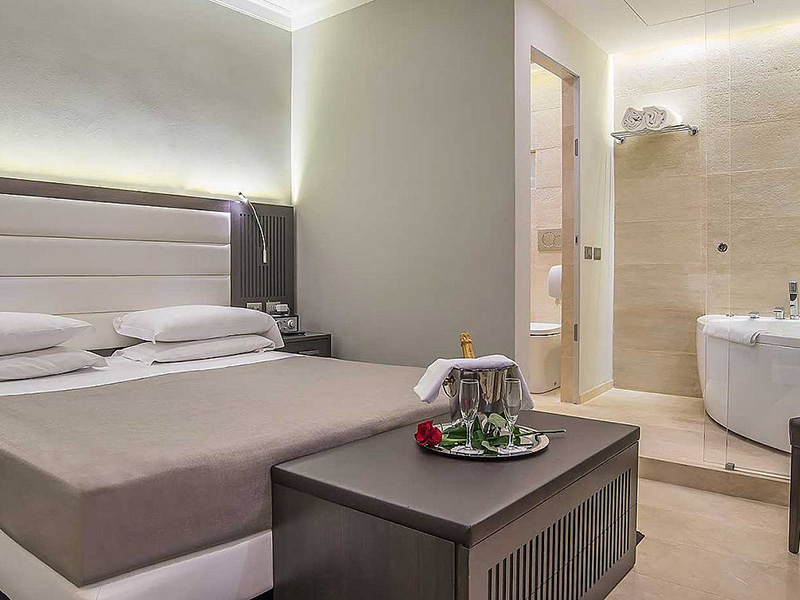 Hotel_Accademia_Travel_Roma_-_Rome__Italy70