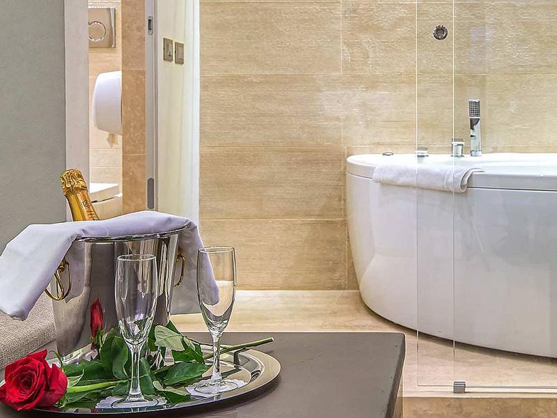Hotel_Accademia_Travel_Roma_-_Rome__Italy76