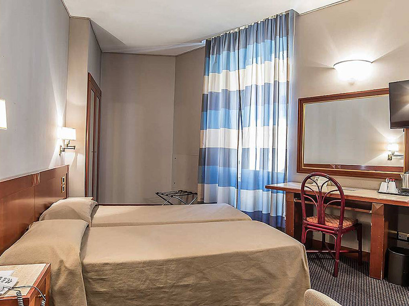 Hotel_Accademia_Travel_Roma_-_Rome__Italy86