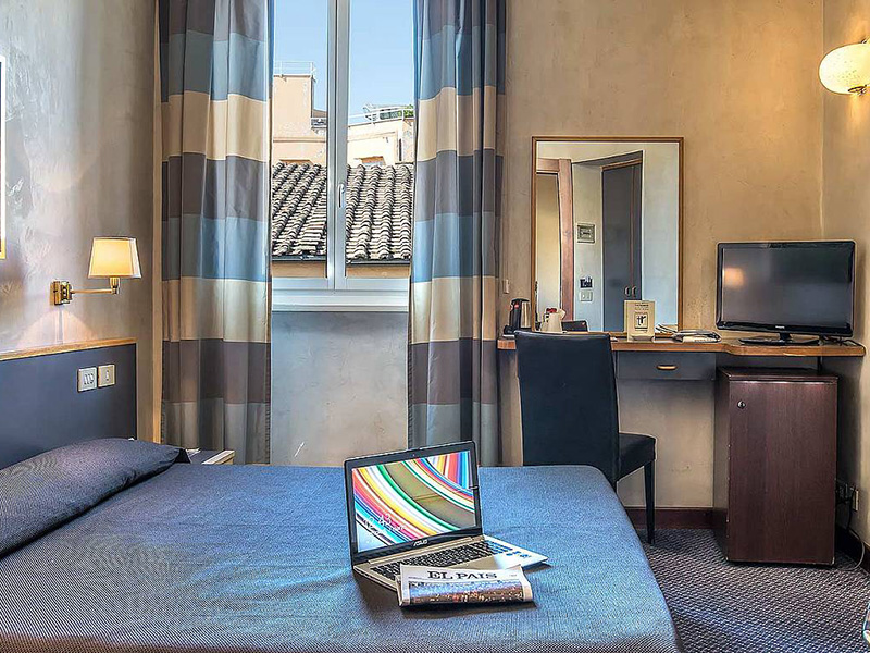 Hotel_Accademia_Travel_Roma_-_Rome__Italy87