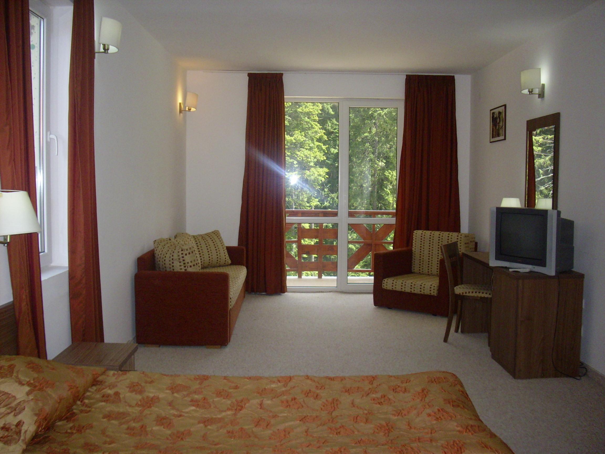 Iglika Room