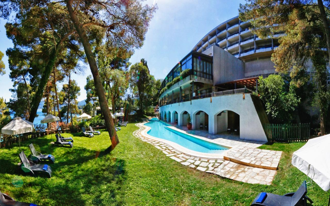 Ionian Blue Suite Sharing Pool - Corfu Holiday Palace 2-min