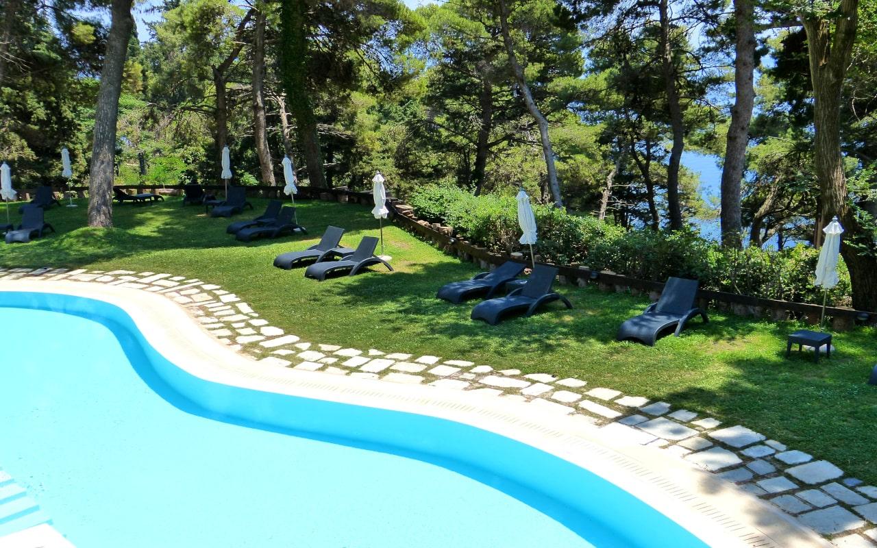 Ionian Blue Suite Sharing Pool - Corfu Holiday Palace 3-min