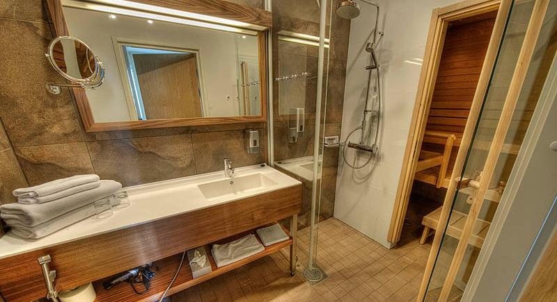 Jr Suite with sauna5
