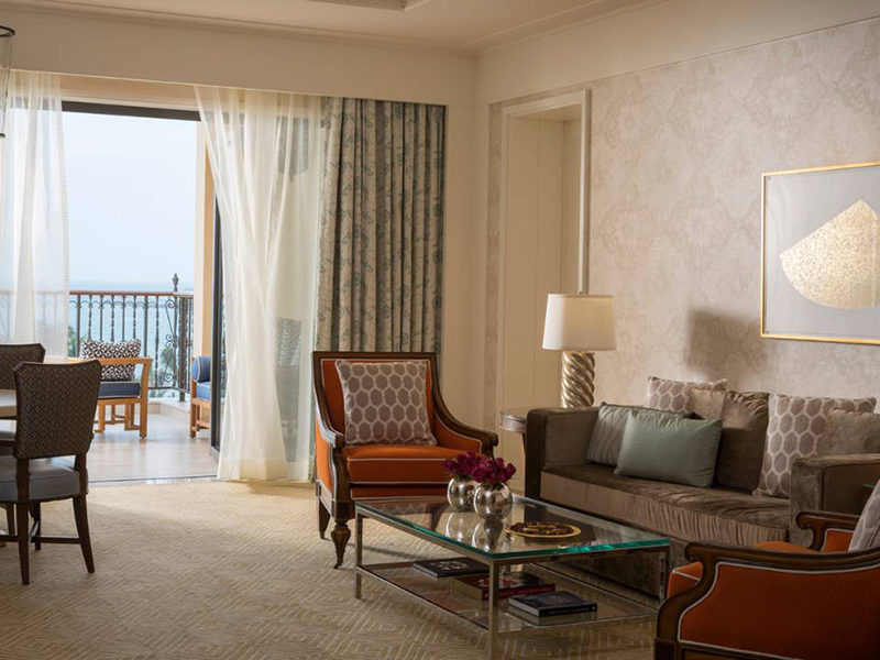 Jumeirah Sea-View Suite-3