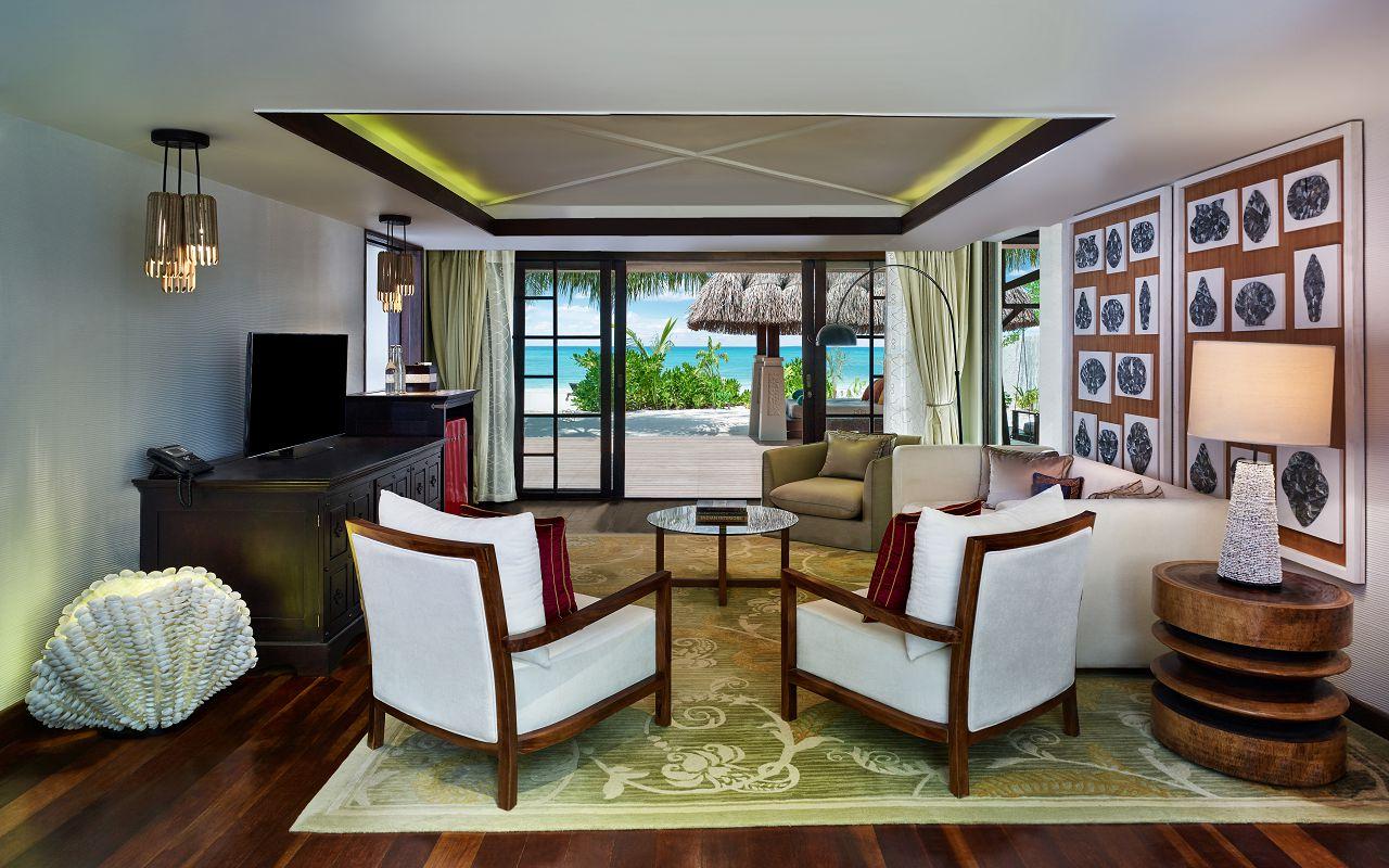 Jumeirah Vittaveli - Royal Residence - Guest House Livingroom