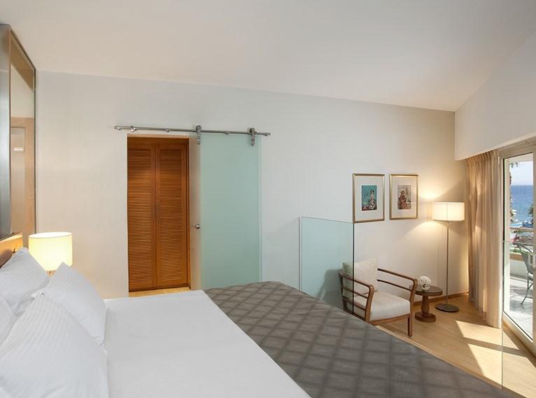 Junior-Honeymoon Suite Royal Beach Eilat