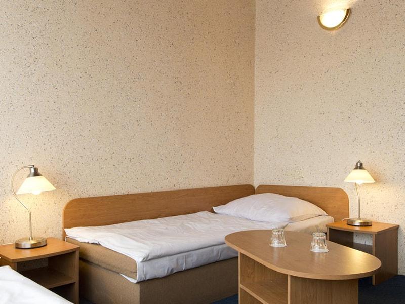 Junior Hotel (9)