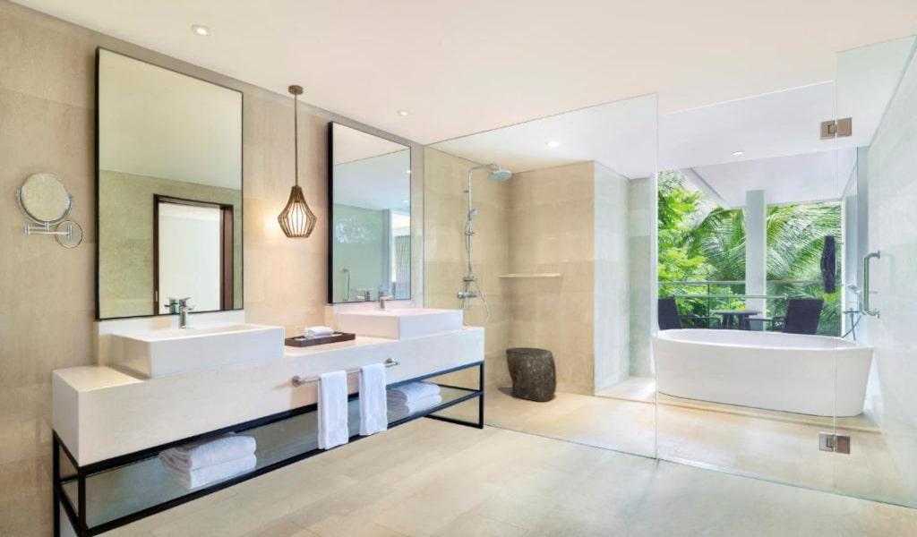Junior Suite, 2 TwinSingle Bed(s), Garden view, Balcony View3-min