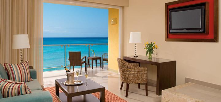Junior Suite Ocean-Front View2