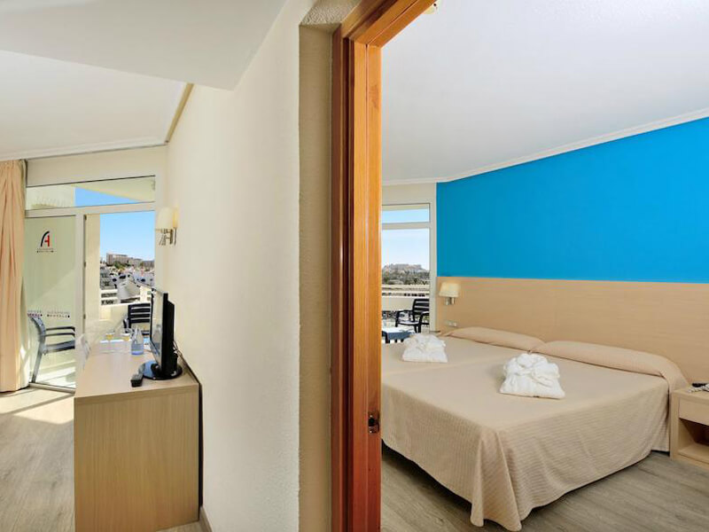 Junior Suite with Sea View1