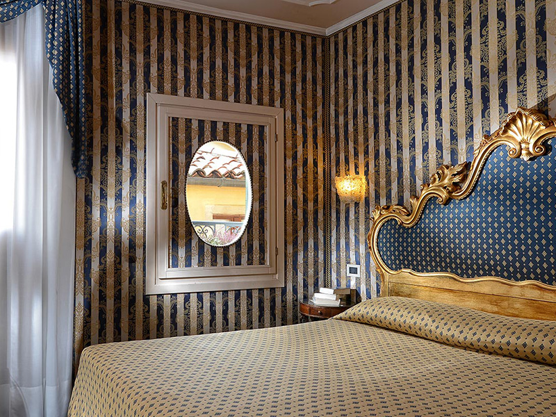 Junior suite with view of Saint Mark's Square