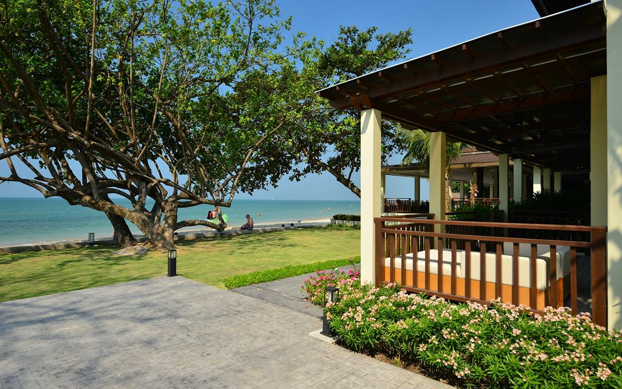Kacha Koh Chang Beachfront Chalet 004-min