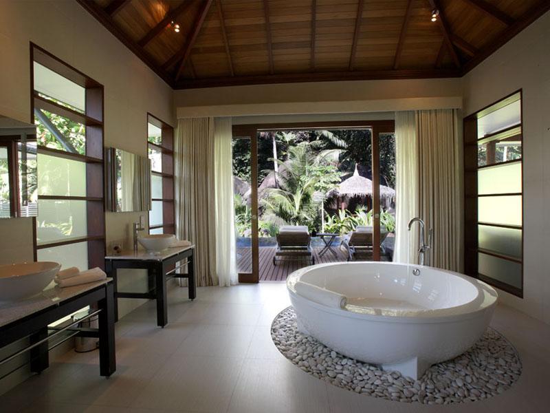 King Deluxe Hillside Pool Villa (3)