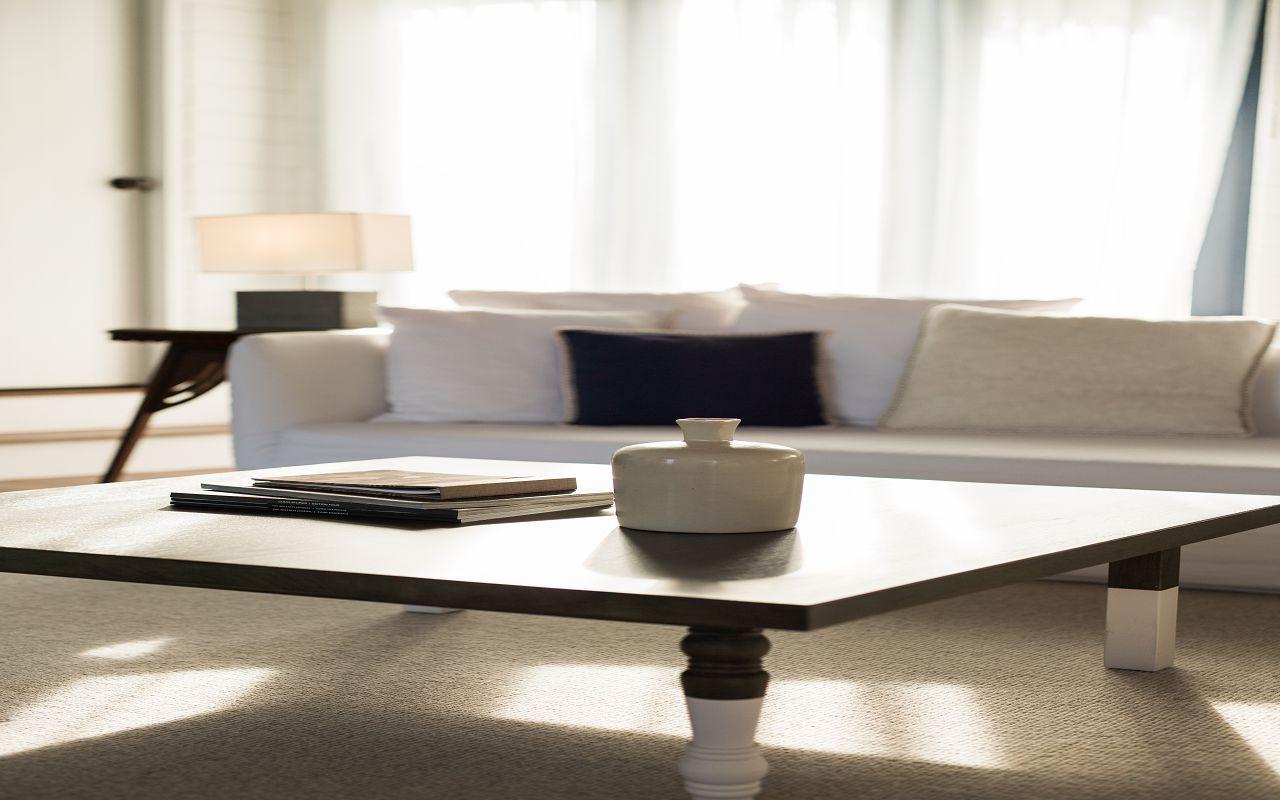 LS 20 COMO Water Villa_Living Room_Looking out