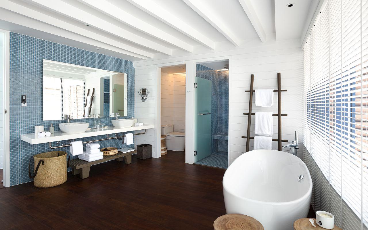 LS 20 Loft Water Villa_Bathroom
