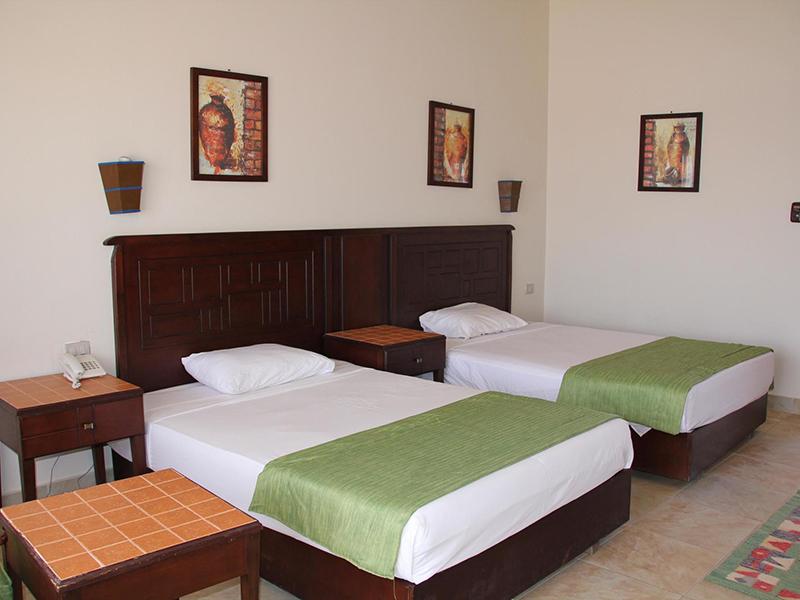 Laguna Beach Resort Marsa Alam-12