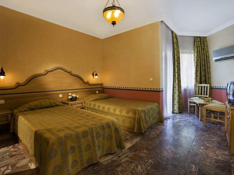 Larissa Club Akman Park Hotel (8)