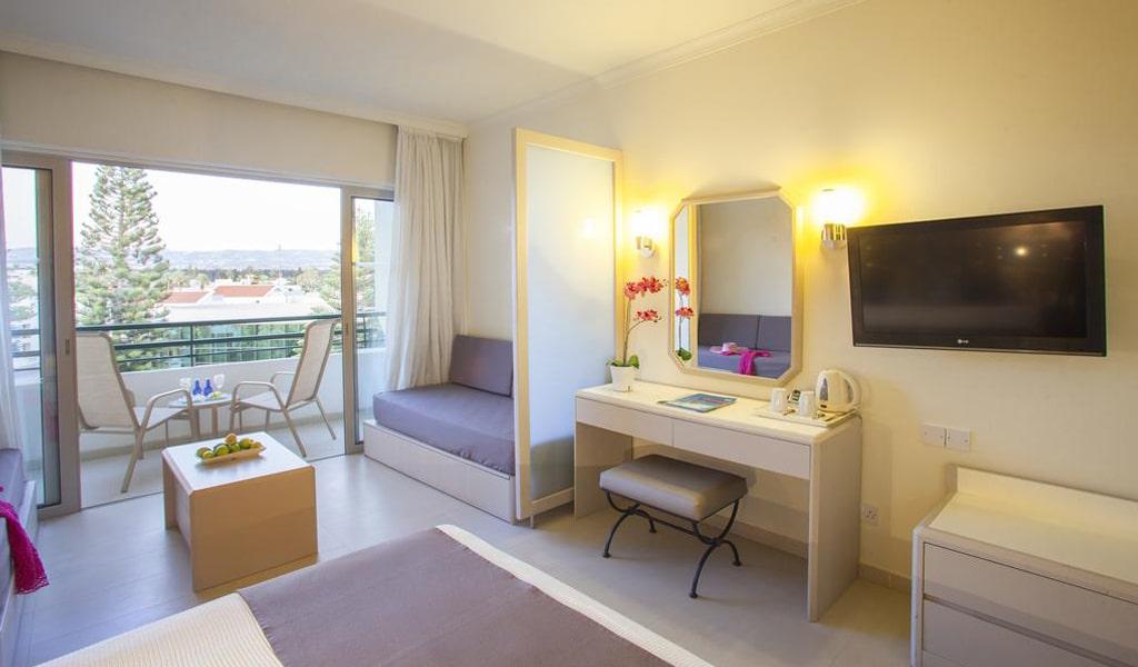 Louis Imperial Beach Hotel (24)