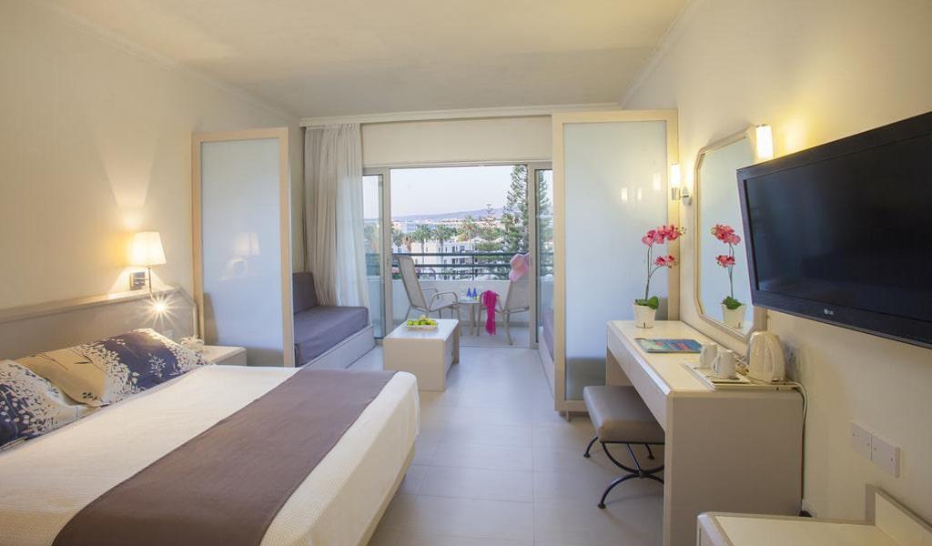Louis Imperial Beach Hotel (26)