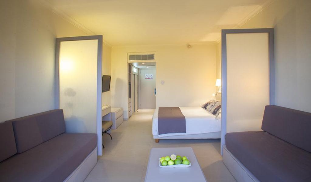 Louis Imperial Beach Hotel (31)