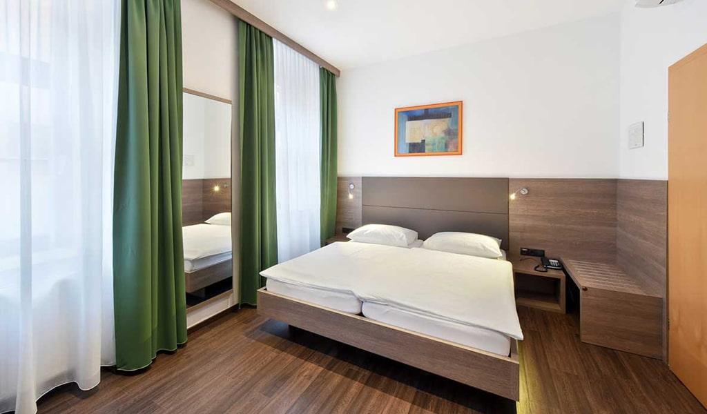 Lucia Hotel (16)