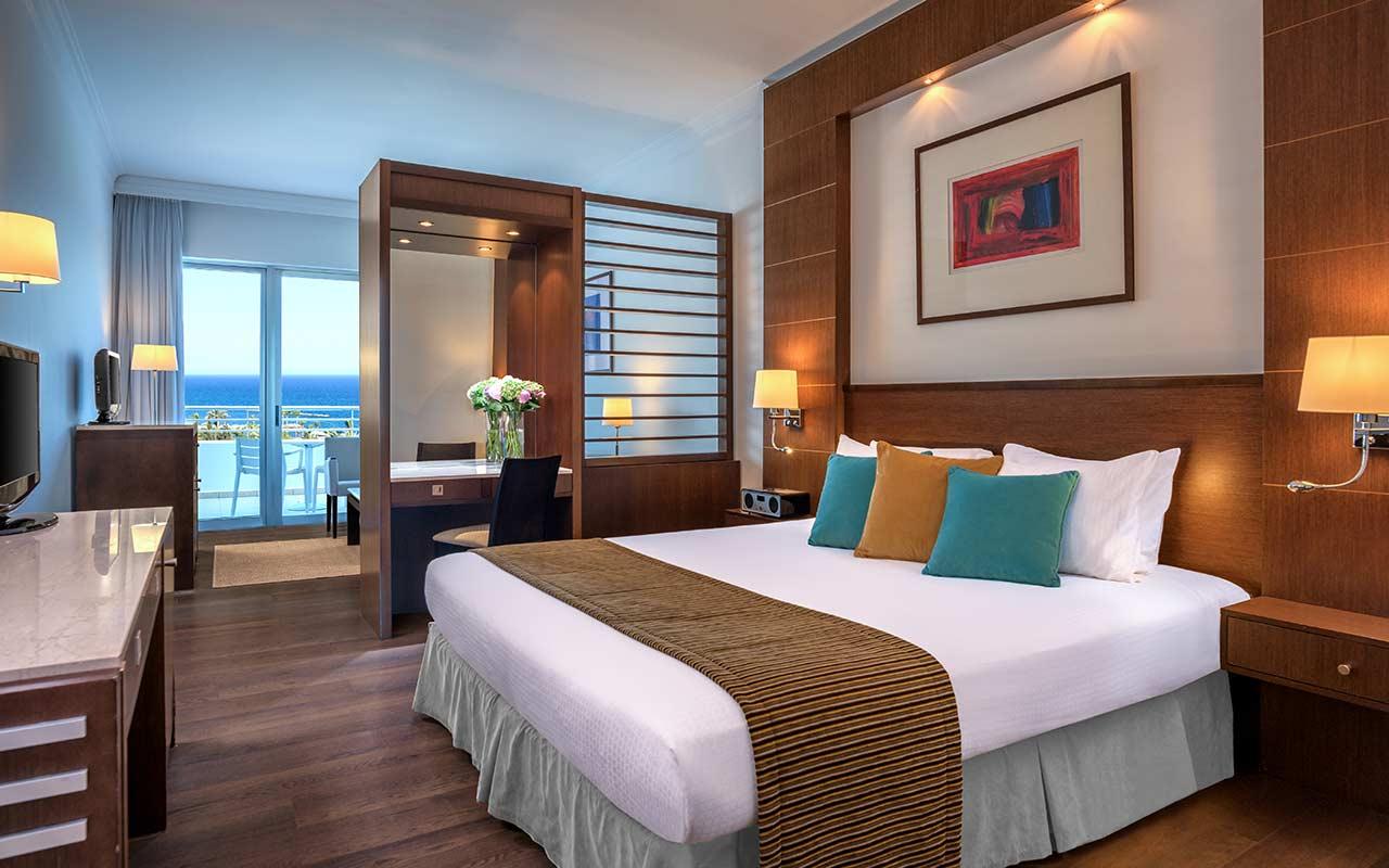 Luxury-Studio-Sea-View