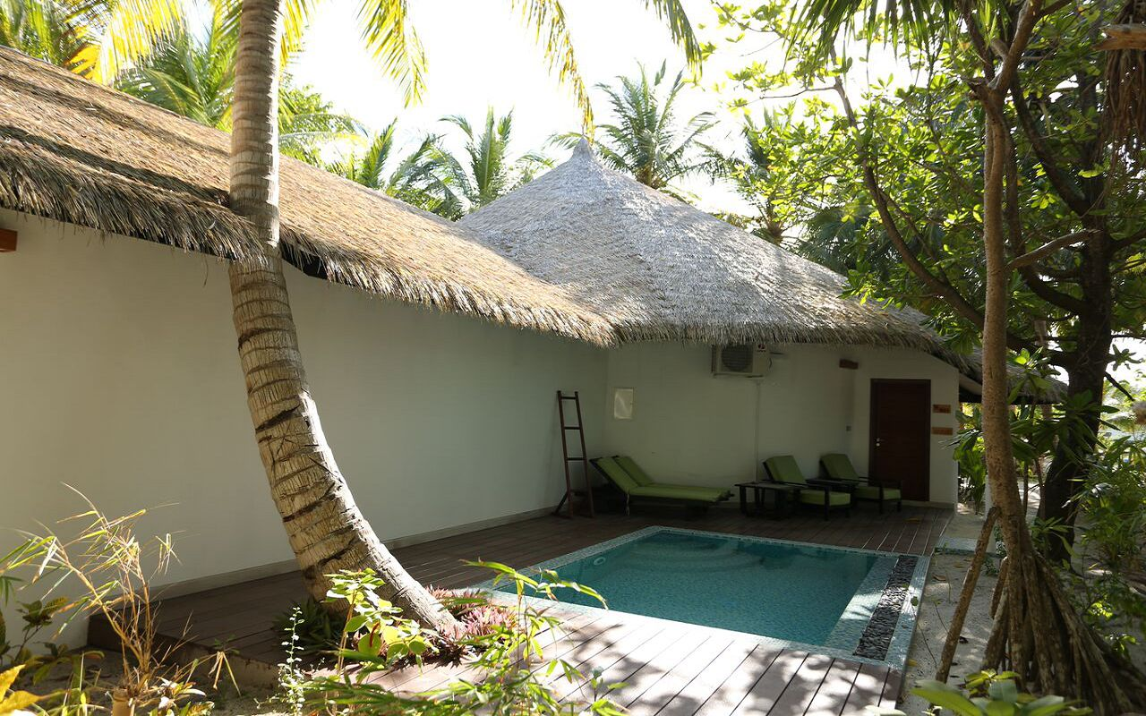 Maldivian Suite with Pool (2)