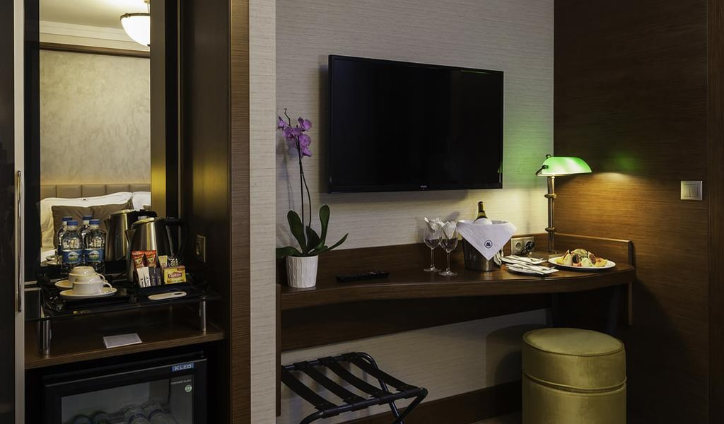 Manesol Boutique (Ex. Park City Hotel) (14)