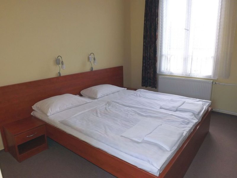 Medium double room2