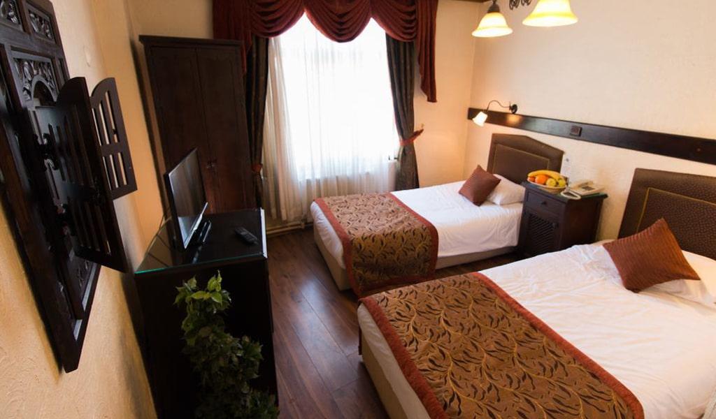 Megara Palace Hotel (1)
